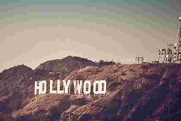 从好莱坞翻页,即兴进行下一次头脑风暴会议